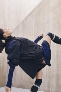 su19_sacai_assets_stills_secondary_09_89821